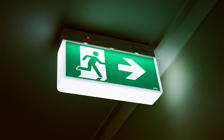 Customized lighted wayfinding signage