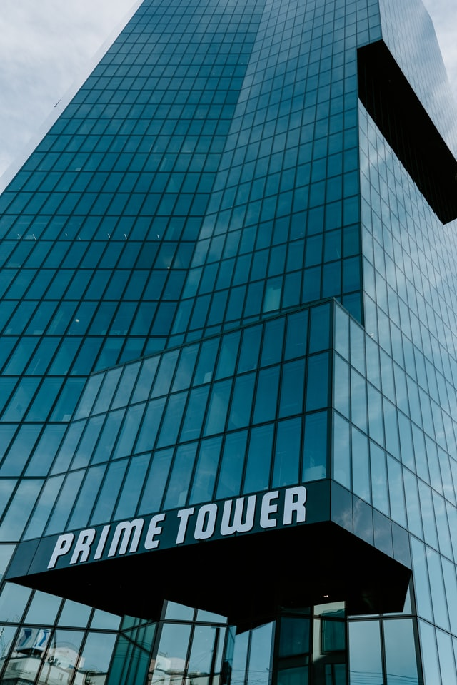 Prime Tower Building Signs in Chicago, IL